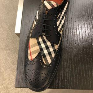 Burberry oxfords